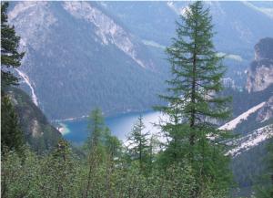 Descente sur le Lago di Braies (1.494 m)