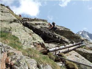 Accès bien équipé au refuge Vedrette di Ries (2.791 m)