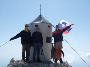 Au sommet du Triglav (2.864 m), un repère géodésique inhabituel
